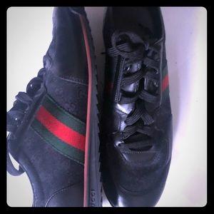 Men's authentic Gucci Sneakers